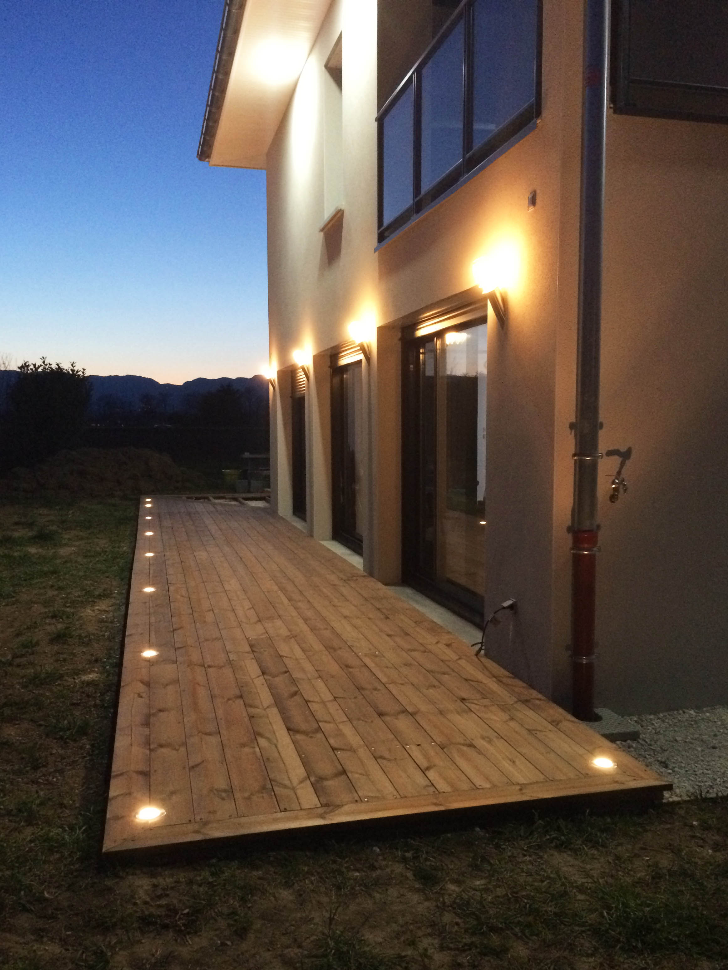 Eclairage terrasse bois light my place easy connect 65202
