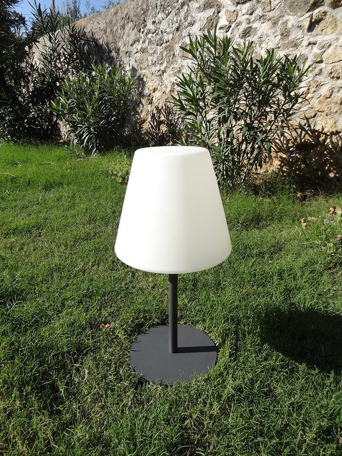 lampe solaire arte 51cm watt et home eclairage de jardin. Black Bedroom Furniture Sets. Home Design Ideas